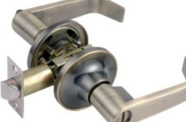 China Stainless Steel Lever Door Handle Lock IS09001 Certification OEM Service supplier